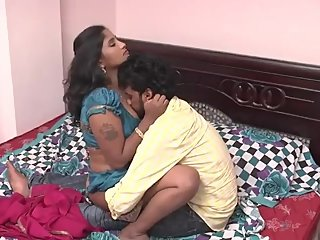 Hot desi shortfilm 207 - Divya boobs kissed continuously in blouse bra, nav