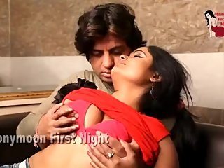 Hot desi shortfilm 149 - Boobs squeezed hard in red bra, cheek lick, navel