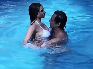 Hot desi shortfilm39 - Priya Tiwari, another girl boob kissed, press in bra