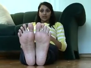 Cutie with perfect soles