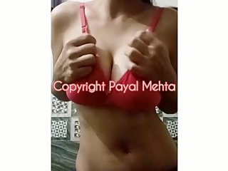 Indian Young Cam Girl / Twitter @payal_mehta69