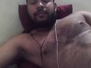 Huge indian guy showing his big ass