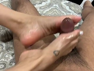Indian milf footjob big cumshot white toes