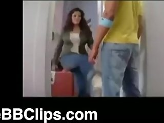 [FREEBBCLIPS.COM] Hot Indian Ball Busting - Ballbusting