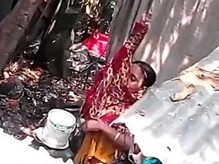 Indian bhabhi bathing part 2