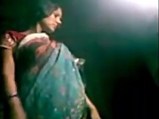 Married saree Bhabi hardly fuck and handjob