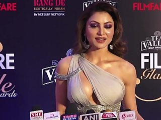 Urvashi Rautela Big Boobs Expose