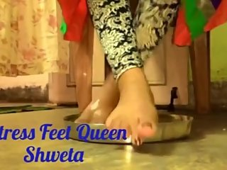 Indian Dom Feet Queen Shweta's feet licking with honey video